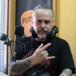 Escucha Con la Ayuda de Mis Amigos en Radio Futuro Chile