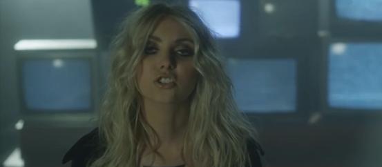Videoclip: Heaven Knows