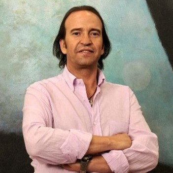 Álvaro Urquijo