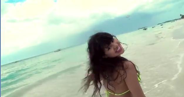 Videoclip: Besar el cielo