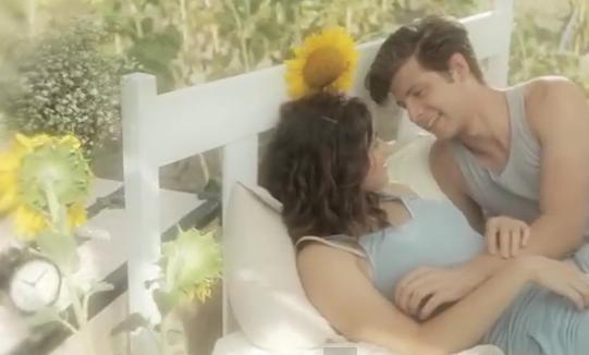 Videoclip: Sigo durmiéndome en su boca