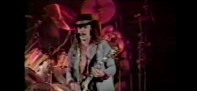 Videoclip: Rattlesnake rock 'n' roller