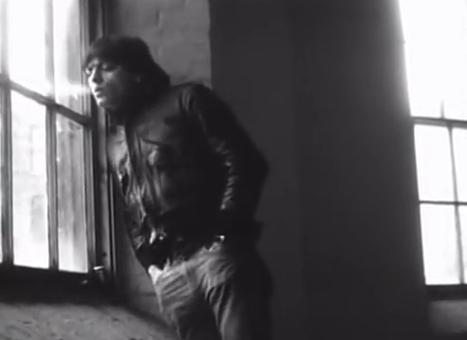 Videoclip: Pit viper