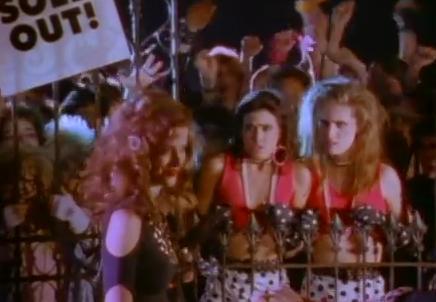 Videoclip: Shake me