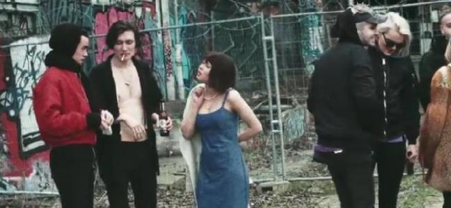 Videoclip: Feel it all