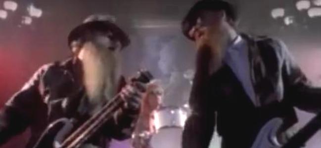 Videoclip: Sharp dressed man
