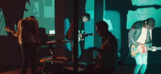Videoclip: T-Shirt weather