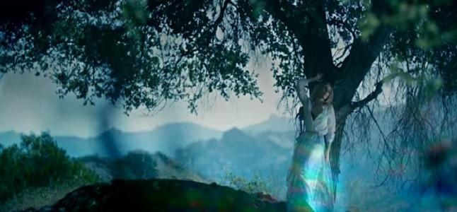Videoclip: Between the raindrops