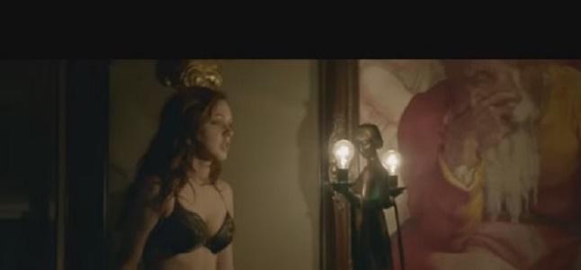 Videoclip: Nightlight