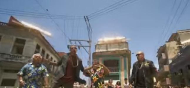Videoclip: Más Macarena