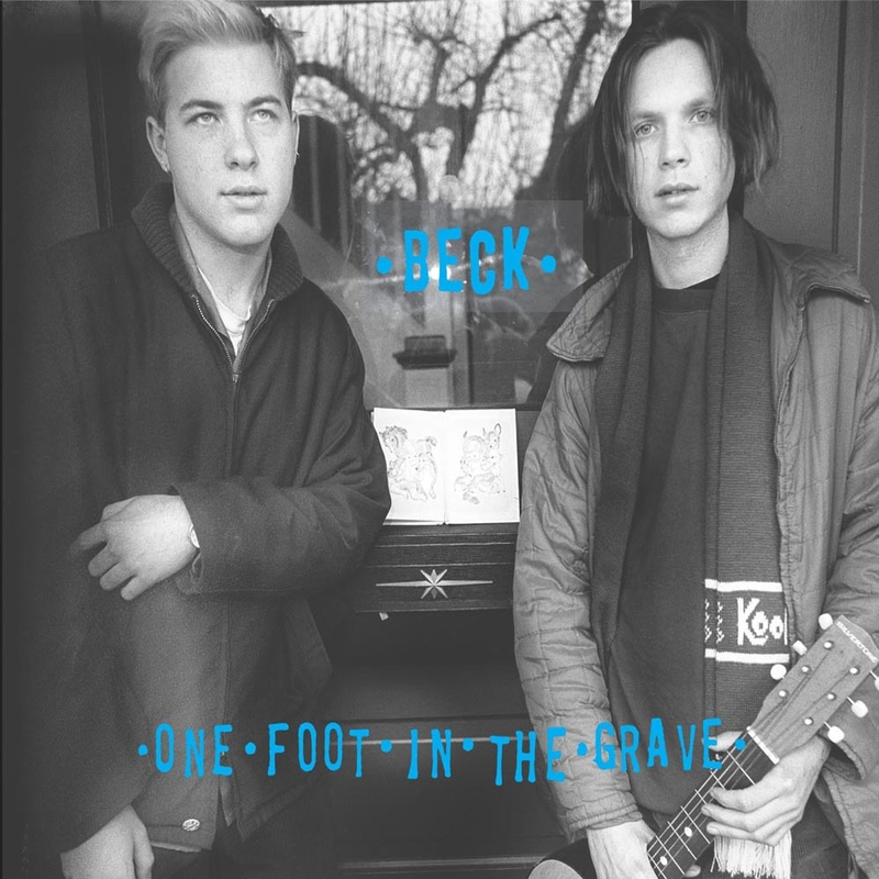 One foot in the grave (Expanded edition)