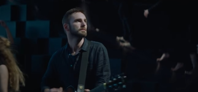 Videoclip: Don't give in