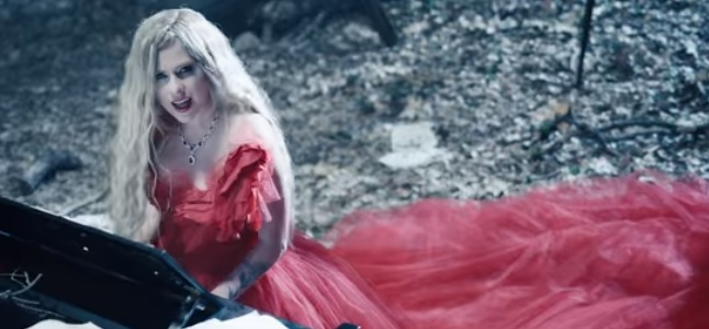 Videoclip: I fell in love with the devil