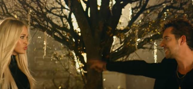 Videoclip: Tears of gold
